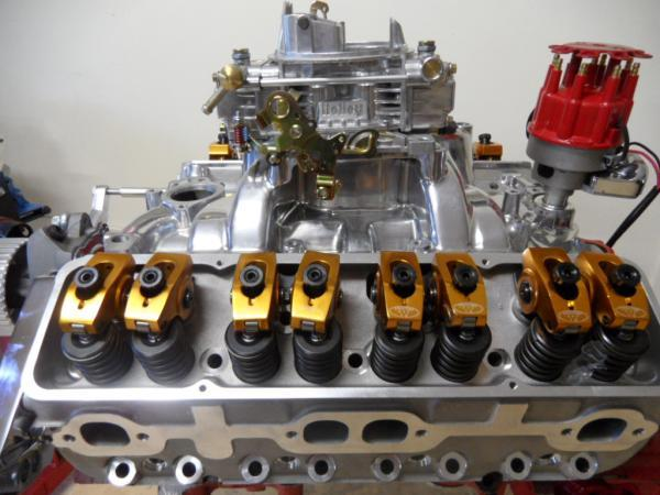 SMALL BLOCK CHEV ALUMINIUM HEADS 200cc INTAKE RUNNERS COMPLETE PACKAGE - STUDS, GUIDE PLATES + ROLLER ROCKERS
