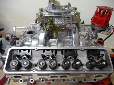 SMALL BLOCK CHEV ALUMINIUM HEADS COMPLETE 180CC RUNNER + ROCKER STUDS AND GUIDE PLATES