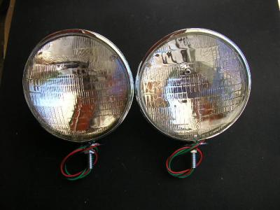 "HOT ROD 7"" KING BEE CHROME HEAD LIGHTS W/ BUILT IN BLINK + PARK LIGHT OPTION"
